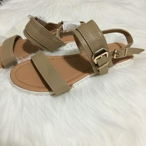 Link Girls Sandals in Brand New Condition